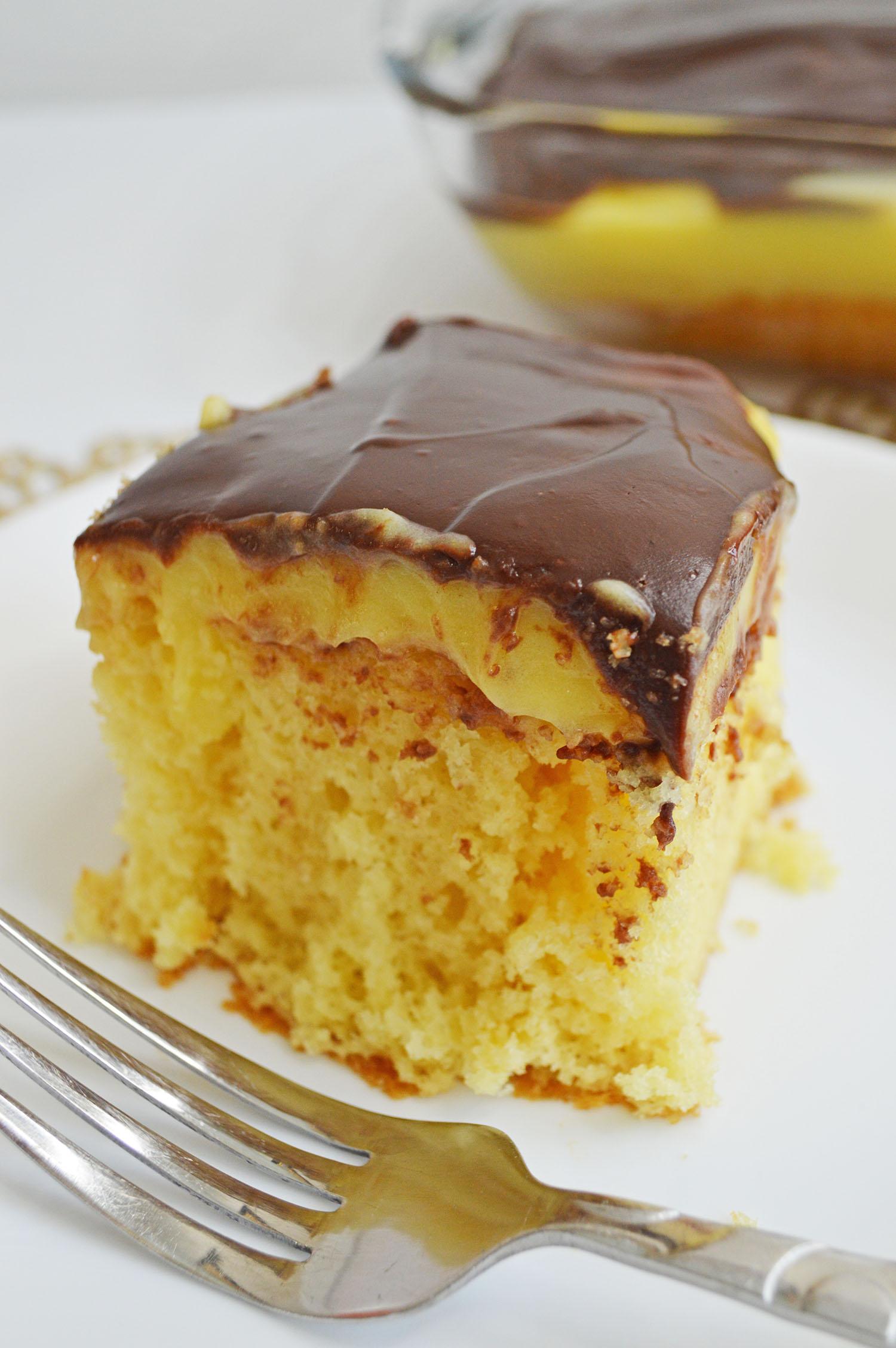 boston poke cake