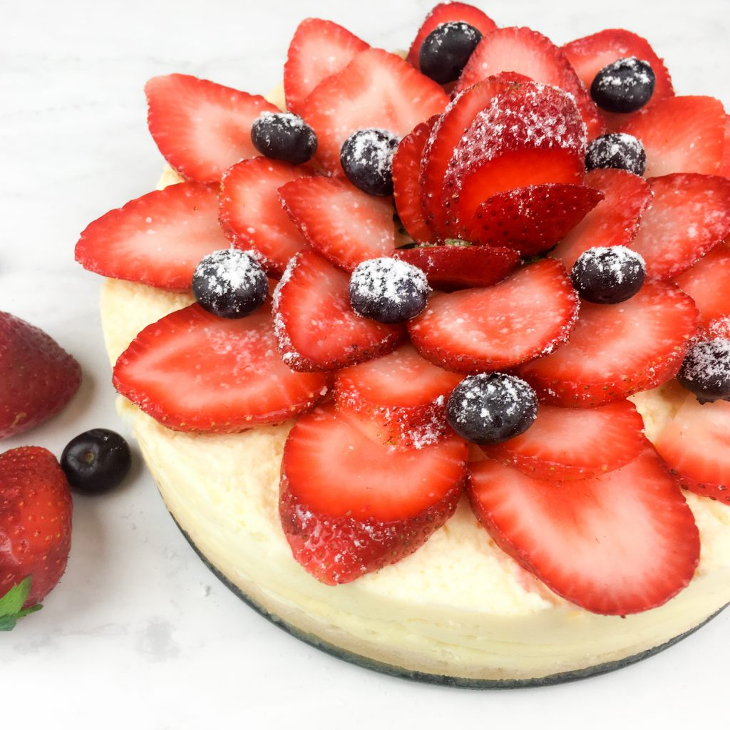instant pot Cheesecake with strawberries and blueberries