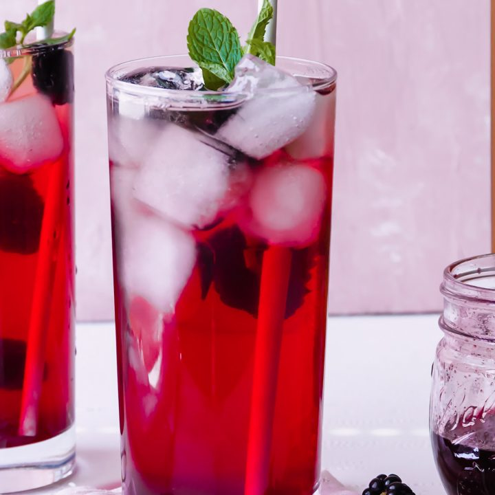 Blackberry Mint Green iced Tea Recipe