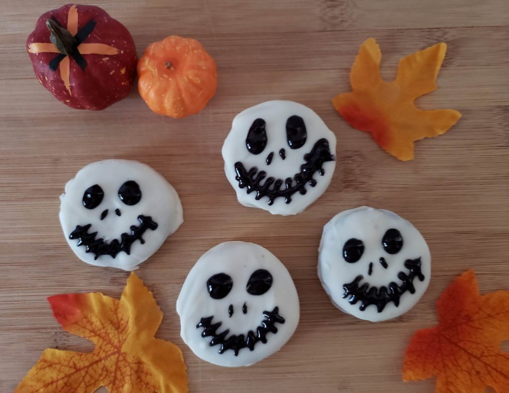 Jack Skellington Inspired Chocolate Covered Oreos