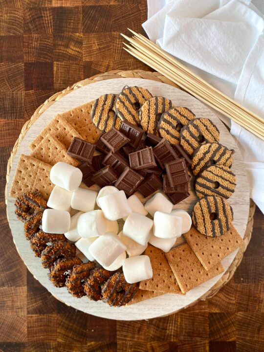 How to Make a S'Mores Board