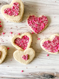 Adorable Edible Cookie Boxes for Valentine's Day