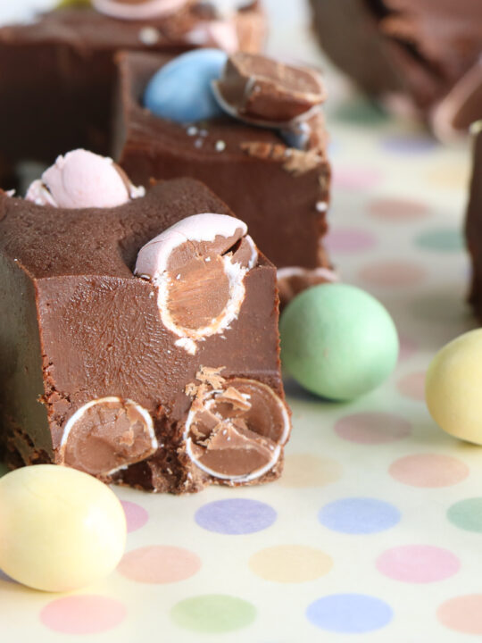 Easy No Bake Easter Fudge Recipe