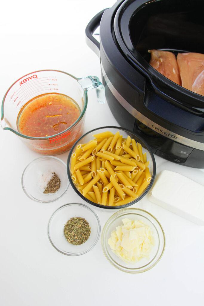 Slow Cooker Copycat Olive Garden Chicken Pasta